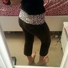 PINK Victoria's Secret Pants - Cropped yoga pants