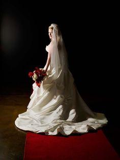 Great shot and love her bouquet.   http://brds.vu/vK8ICR via @BridesView #wedding #photography