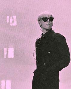 TOP - BIGBANG 10 THE CONCERT 0.TO.10 -THE FINAL-MEMORIAL PHOTOBOOK SCAN