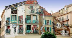 Patrick Commecy s'est lancé un défi hors norme : égayer les rues françaises avec de spectaculaires fresques murales. Cet artiste talentueux a déjà réalisé près de 300 sublimes peintures trompe-l'œil, chacune de ses créati...