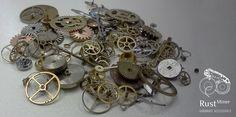 2013 - Primeiras sucatas de relógio adquiridas de vendedor dos EUA