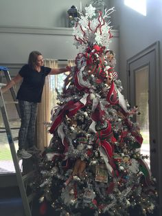 This blog post will be an ongoing adventure! Carrie and David have been chosen to be featured in a local magazine showcasing Trendy Tree! So....they have e