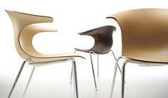 Infiniti Loop chair