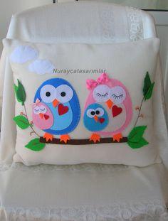 Felt pillow--would make a great quilt center