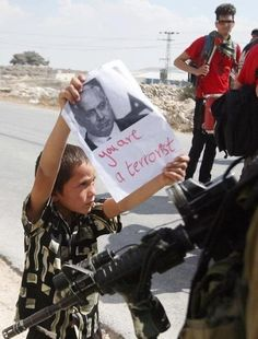 Brave Palestinian boy sends a message to Israeli soldiers and #Netanyahu. #Palestine #Israel