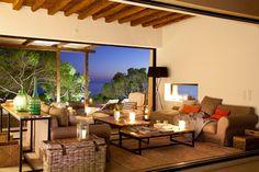La casa sobre el acantilado, entre el mar y el cielo · ElMueble.com · Casas