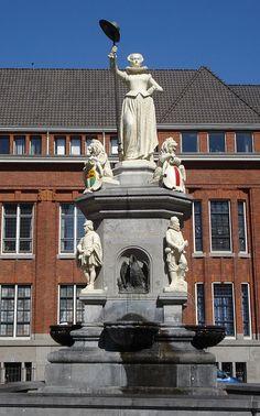 Rotterdam. De maagd van Holland (Kaat Mossel).