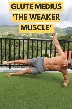 Glute Medius muscles are sometimes the WEAKEST muscles in our body. Help strengthen them using this exercise. Alternatively, hold a side plank with the top leg elevated. Fitness Workouts, Gym Workout Videos, Gym Workout For Beginners, Cardio Workout At Home, Fitness Tips, Body Fitness, Pilates Workout, Glute Medius, Academia Fitness