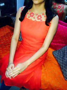 Salwar Neck Designs, Churidar Designs, Kurta Neck Design, Dress Neck Designs, Blouse Designs, Salwar Pattern, Kurta Patterns, Dress Patterns, Indian Designer Wear