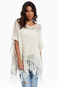 Today the Poncho is revered as a classy fashion garment and easy to wear for all sizes. Crochet Cardigan, Crochet Scarves, Crochet Shawl, Crochet Clothes, Knit Poncho, Crochet Woman, Love Crochet, Knit Crochet, Simple Crochet