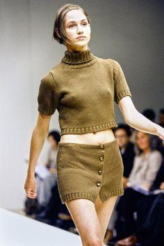 Milan Fashion Weeks, 90s Fashion, Runway Fashion, High Fashion, Fashion Show, Vintage Fashion, London Fashion, Vintage Couture, Fashion History