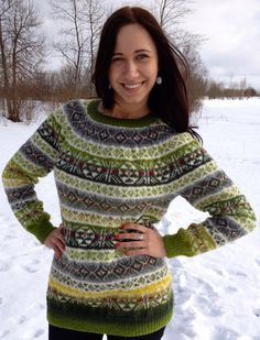Fair Isle sweater, made to order.    This sweater is hand made knitting from 100% wool. Its size is M for women. If you want its possible to change