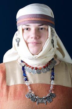 Xu Swan's Rus and Viking bead necklace with Rus headwear. Reenactment of Kievyan Rus costume, 10 c.