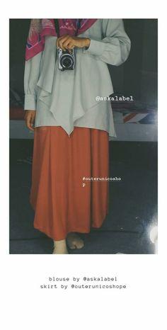 Outfit yang cocok banget untuk di pakai kekampus, maupun santai atau sekedar jalan-jalan Hijab Outfit, Skirts, Outfits, Fashion, Moda, Suits, Fashion Styles, Skirt