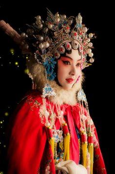 Peking opera------quintessence of China
