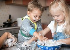 5 Creative Ways To Involve Your Children with Cooking | nomoretogo.com