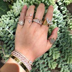 semi joias (via Significado de usar anel no Polegar) #semijoias #semijoia #anel #aneis #colar #colares #brinco #brincos #pulseira #pulseiras #bracelete #braceletes #moda #tendencia  https://www.waufen.com.br/