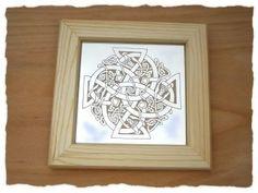 Spiegel mit keltischem Kreuz -  Mirror with celtic cross