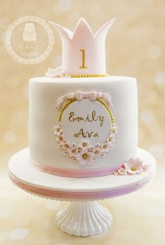 Celebration cakes for girls - Cakes at Rachel& - Torten - - Kuchen - 1st Birthday Cake For Girls, 1st Bday Cake, Funny Birthday Cakes, Pretty Birthday Cakes, Elegant Birthday Cakes, Birthday Cakes For Men, Birthday Cupcakes, Bolo Tumblr, Bolo Minion