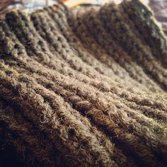 까슬까슬. 겨울오는 중 winter. knitting.