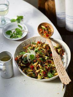 Kritharaki - Salat mit Hackfleisch, ein tolles Rezept aus der Kategorie Pasta & Nudel. Bewertungen: 432. Durchschnitt: Ø 4,6.