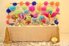 Frescurinhas Personalizadas: Decoração de carnaval! Decor Carnaval, 10th Birthday, Birthday Cake, Buffet, Festa Party, Masquerade Party, Mardi Gras, Party Ideas, Frozen