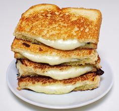 The Most Famous Sandwich Of All-Time: The Grilled Cheese « The Rising Hollywood.Com