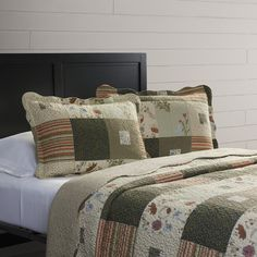 August Grove Helma Quilt Set & Reviews | Wayfair