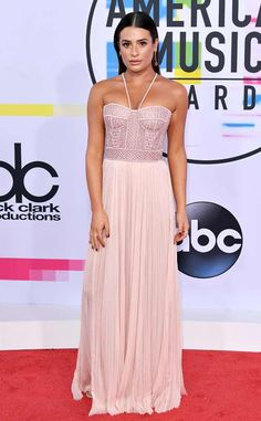 <p>Bronzed and beautiful! The<em>Scream Queens</em> star serves Grecian goddess vibes in her light pink gown.</p>