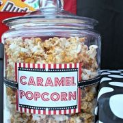 Outdoor summer movie party Backyard Movie Night Party, Movie Party, Summer Parties, Dimples, Boy Birthday, Caramel, Packaging, Hoe, Holiday