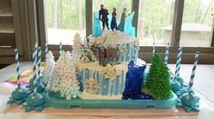 Frozen Theme with Cake Pops