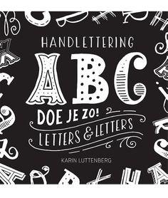 Handlettering  ABC doe je zo! Art Books For Kids, Art For Kids, Chalkboard Quotes, Bujo, Art Quotes, Book Art, Doodles, Art For Toddlers, Art Kids