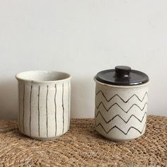 charlie and susie / cup with lid / pottery / ceramics