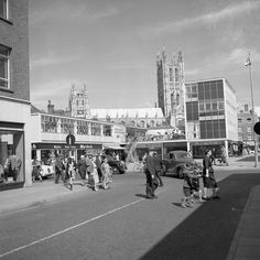 Canterbury, Kent, So much better than today~a lovely open view of the cathedral. Canterbury Kent, Canterbury Cathedral, Great Pictures, Past, England, Street View, History, Retro, Places