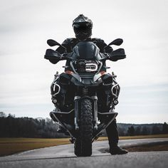 Instagram Motorbike Photos, Motorcycle Images, American Motorcycles, Cars And Motorcycles, Gs 1200 Bmw, Bmw Motorbikes, Off Road Bikes, Bmw Boxer, Bmw E36