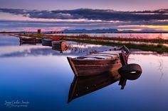 Boats on a Sunset. - Barcas en una puesta de sol,