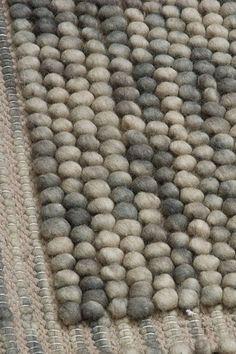wool pebbles