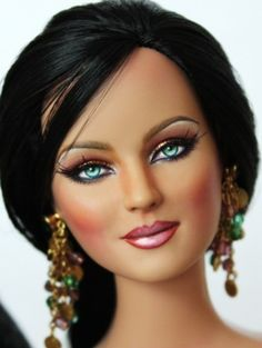 About Tonner Samantha Repaint: Tonner Samantha Repaint by Jewelianne and reroot by Laurie Lenz