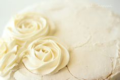 Tips for Making a Swirled Rose Cake - girl. Inspired. Really great and easy idea :)