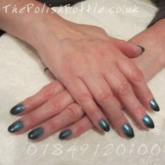 Gelish Hard Gel Extensions with gradient nail art using Essie Beach Bum Blue and Essie Dive Bar
