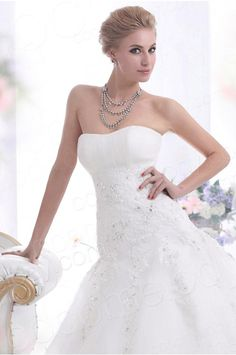 A Line Strapless Court Train Tulle Wedding Dress CWLT13060 #weddingdress #cocomelody
