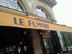 Any restaurant-bar located near the Louvre Museum should be a tourist trap or overpriced. Remarkably, the consistently excellent Le Fumoir is neither. Under head chef Henrick Andersson, Le Fumoir serves brunch and dinner daily, and stays open late for a fine martini