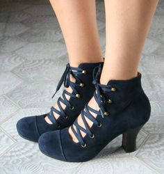 I am obsessing over this brand * chiestore.com  JICO NAVY :: BOTTES :: CHIE MIHARA SHOP ONLINE
