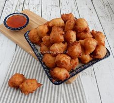 Oosterse borrelbolletjes - Homemade by Joke Tandoori Masala, Snack Recipes, Cooking Recipes, Good Food, Yummy Food, Appetisers, Food Festival, Appetizers For Party, Diy Food