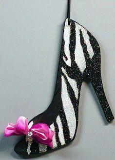 Zebra print shoe: I NEED these!!! :) lol