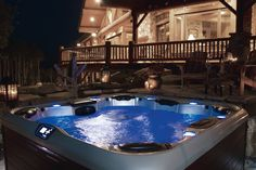 New generation of luxury hot tubs from Villeroy Boch We need the sun to return to the UK! Outdoor Spa, Outdoor Tiles, Spas, Cabin Hot Tub, Hot Tub Privacy, Portable Spa, Spa Tub, Whirlpool Bathtub, Dining Nook