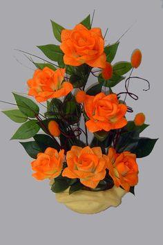 APRENDA ARRANJOS FLORAIS ARTIFICIAIS Seja uma florista profissional. Clique no link abaixo: http://www.institutodenver.com.br/curso-de-arranjos-florais-artificiais/