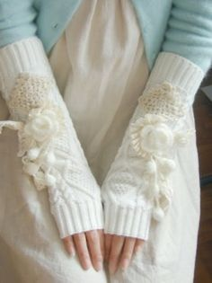 i like the duck blue cardigan and gloves (but they're too full of lace for me)