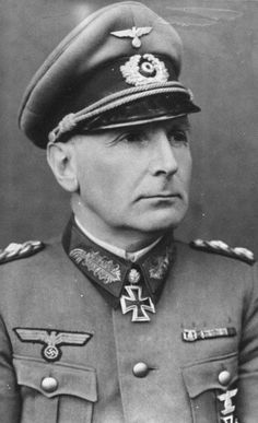 ✠ Willibald von Langermann und Erlencamp (29 March 1890 – 3 October 1942) RK 15.08.1940 Generalmajor Kdr 29. Inf.Div (mot) [75. EL] 17.02.1942 Generalmajor Kdr 4. Pz.Div