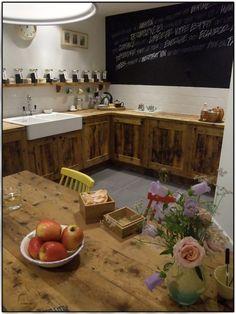 Une cuisine so british chez Lush Spa!